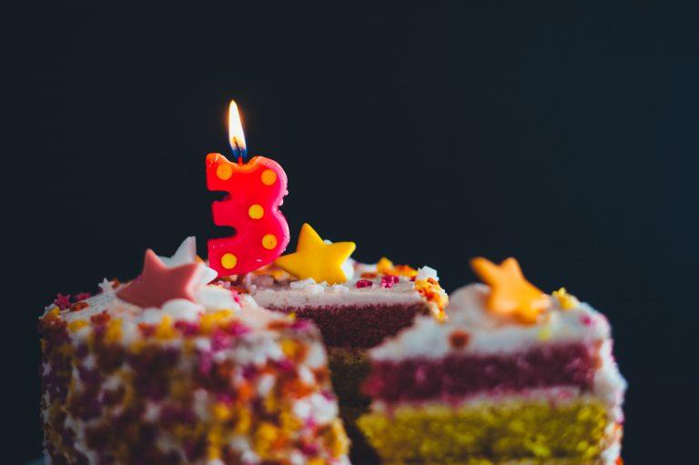 יום הולדת שלוש - טקס החלאקה - מגזין גלויה - הרבנית שרה סגל-כץ Rabbanit Sarah Segal-Katz